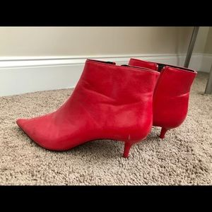 Red mid-heel ankle boots
